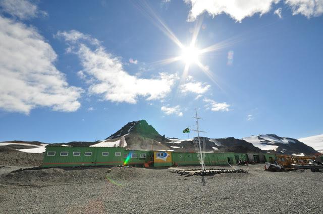 Base de pesquisa brasileira na Antartida
